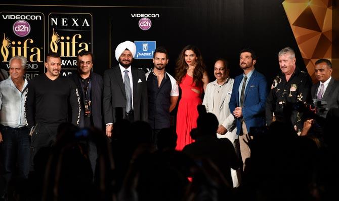 Salman Khan, Shahid Kapoor, Deepika Padukone & Anil Kapoor
