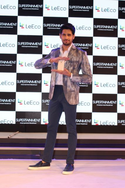 Jacqueline Fernandez and Sidharth Malhotra launch the new Le 1s Eco Mobiles
