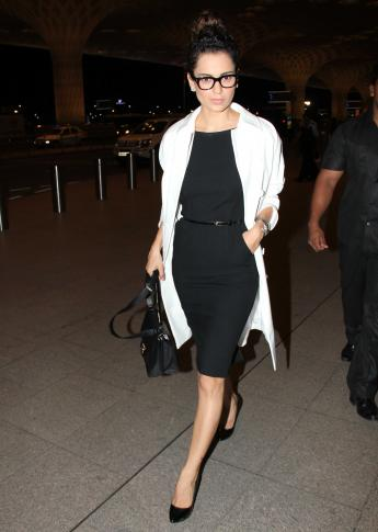 Kangana Spotted at International Airport