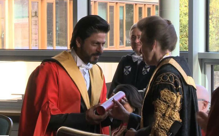 King Khan Receives Honorary Doctorate from Edinburgh University-05
