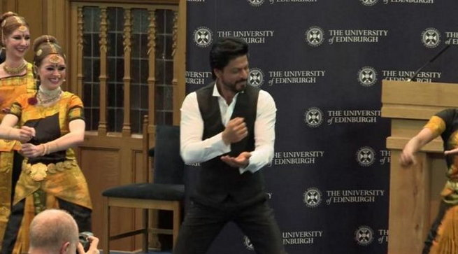 King Khan Receives Honorary Doctorate from Edinburgh University-07