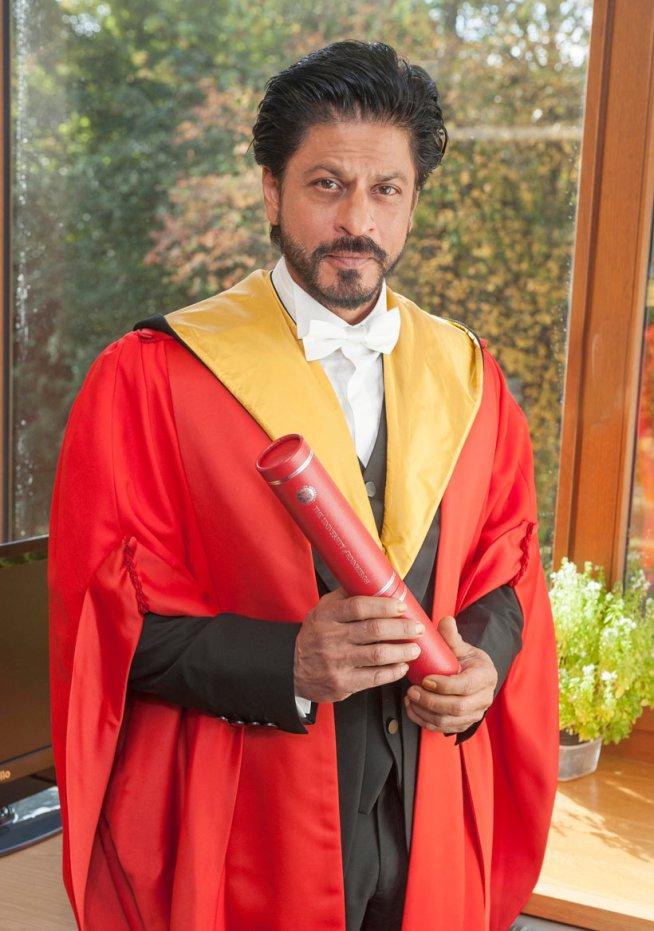 King Khan Receives Honorary Doctorate from Edinburgh University-11