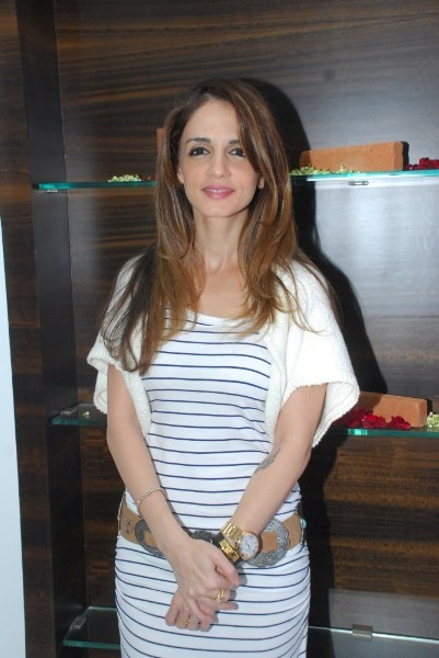 Launch of Building Bricks India Eco Friendly Bricks By Sussanne Khan