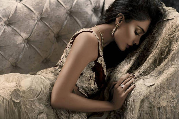 Lisa Haydon Photoshoot For Sunday Magazine 2015