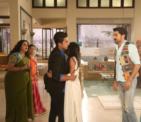 On Location Stills Of Jamai Raja Serial