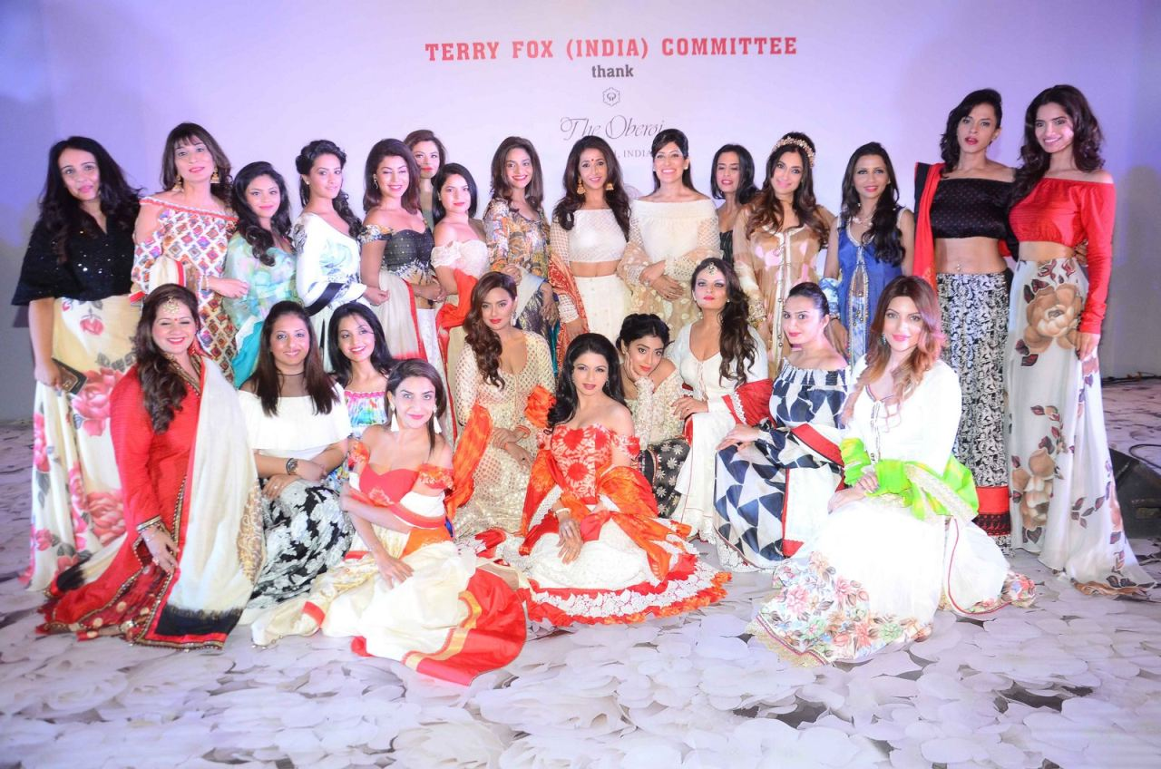 Maheka Mirpuris Show for Terry Fox Run