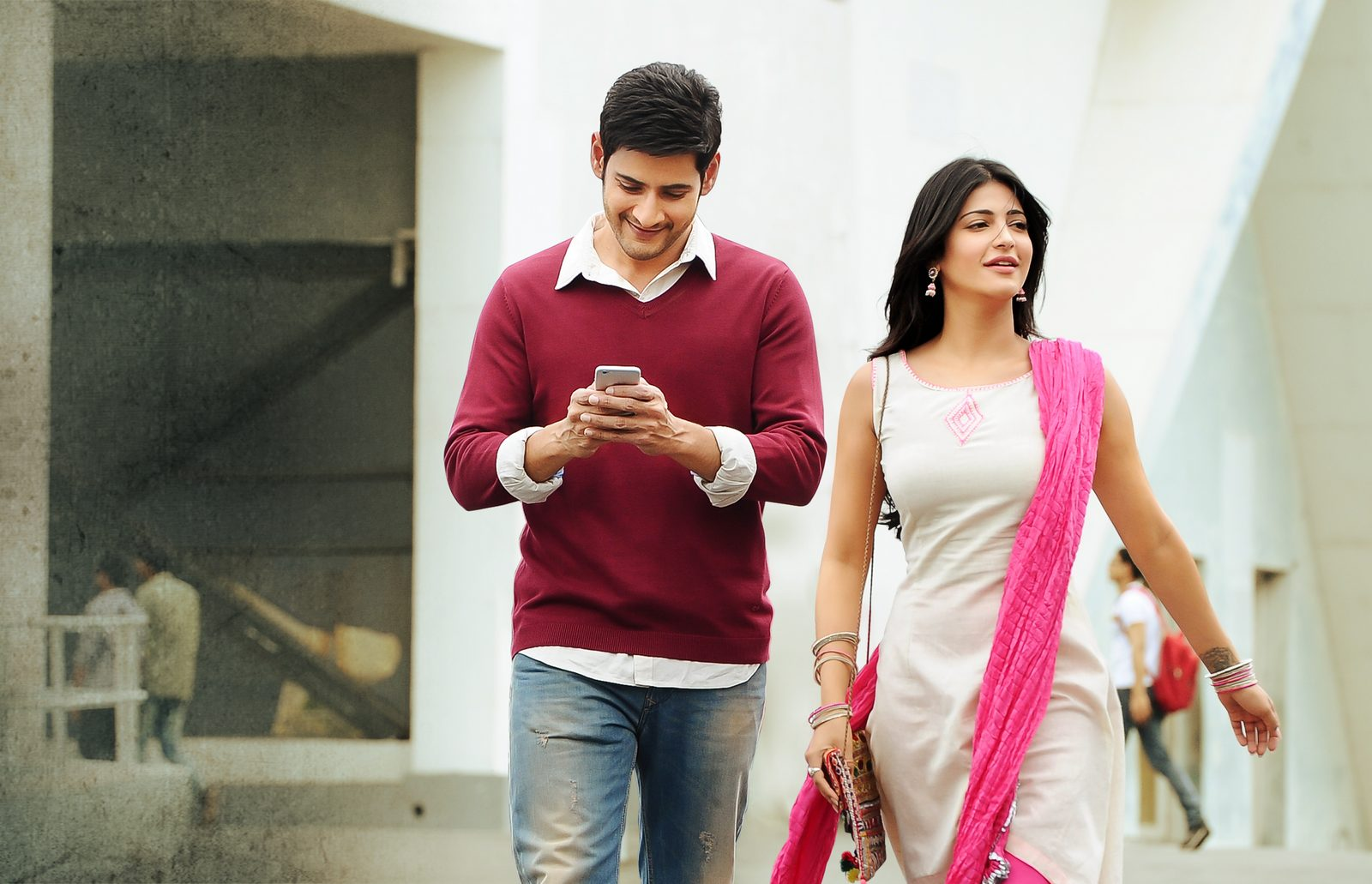 Mahesh Babu & Shruti Haasans Srimanthudu Movie OnLocation Photos