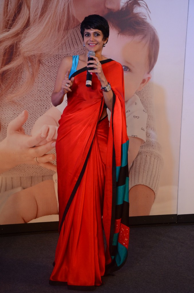 Mandira Bedi During The PC to Announce The Mahindra Retail Carters Tieup
