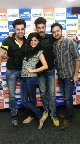 Manish Paul, Katrina Kaif, Akshay Kumar, Sunny Leone , R. Madhavan at Radio City Studio in Mumbai