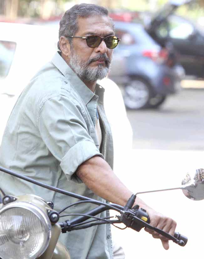 Nana Patekar Riding Motorcycle on Mumbai Street for Ab Tak Chhappan 2 Movie Promotion