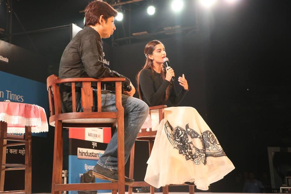 Sonam Kapoor Attends Kala Ghoda Arts Festival 2016-28