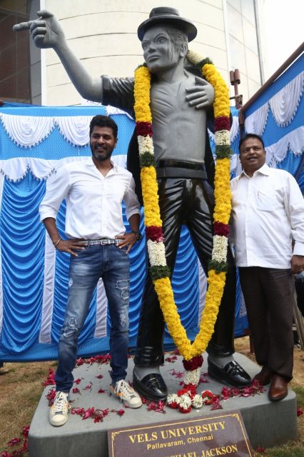 Prabhu Deva Inaugurates Michael Jacksons Granite statue at Vels University