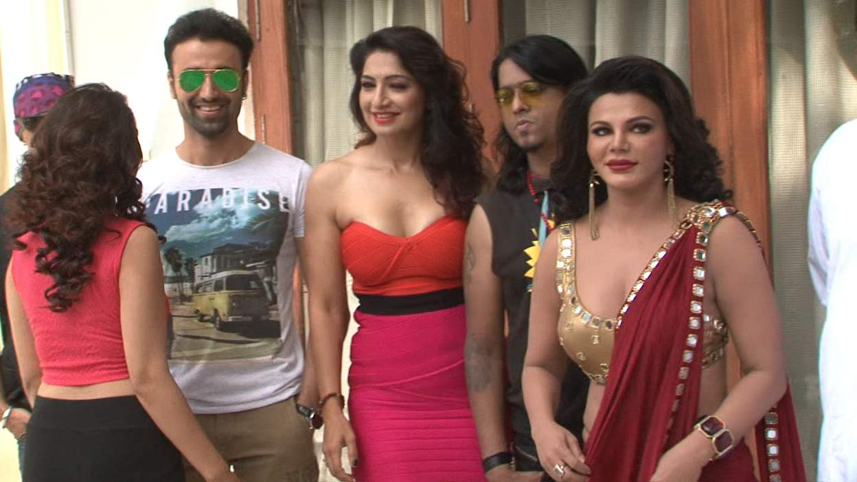 Rakhi movie cast