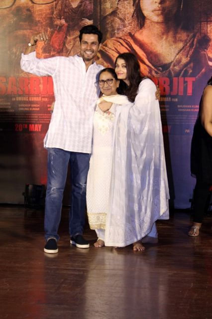 Randeep Hooda and Aishwarya Rai pay tribute to Sarabjit Singh