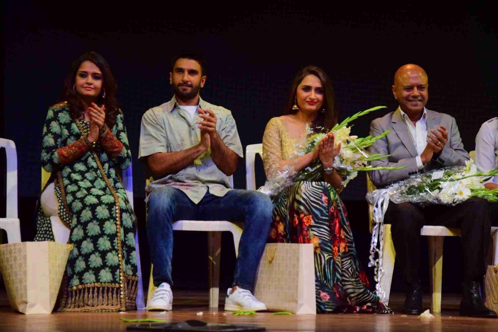 Ranveer Singh & Zayed Khan Attend Learners Academys 33rd Annual Day Function
