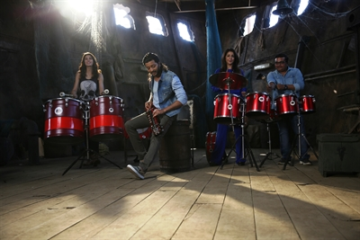 Riteish Deshmukh & Nargis Fakhri on The Sets of Banjo