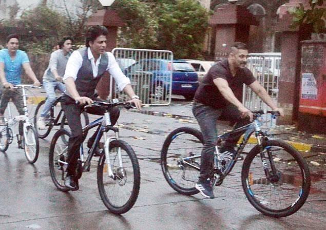 Salman Khan, Shahrukh Khan & Aryan Khan