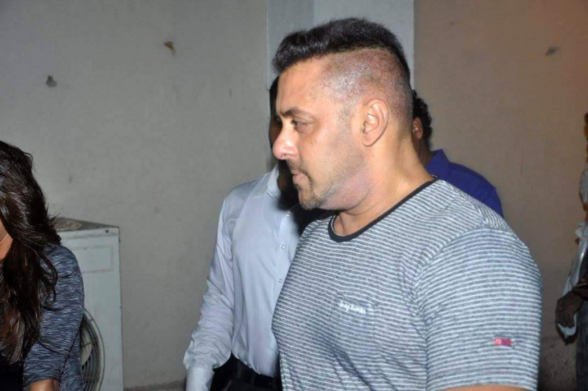 Salman Khan, Kareena Kapoor, Alia Bhatt and Varun Dhawan Spotted at Mehboob Studio