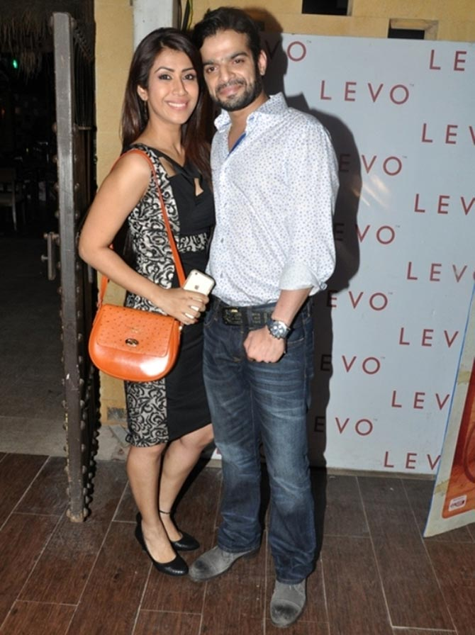 Sargun Mehtas Birthday Bash Photos