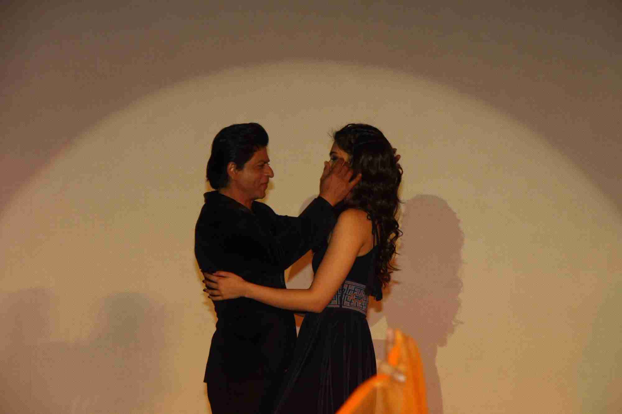 Shah Rukh Khan and Kajol at Song Launch of Film Dilwale in Mumbai-102
