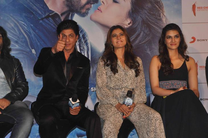 Shah Rukh Khan and Kajol at Song Launch of Film Dilwale in Mumbai-29