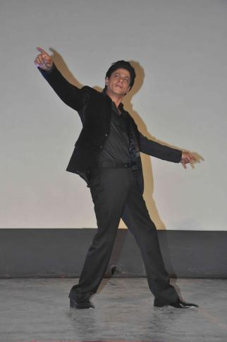 Shah Rukh Khan and Kajol at Song Launch of Film Dilwale in Mumbai-42