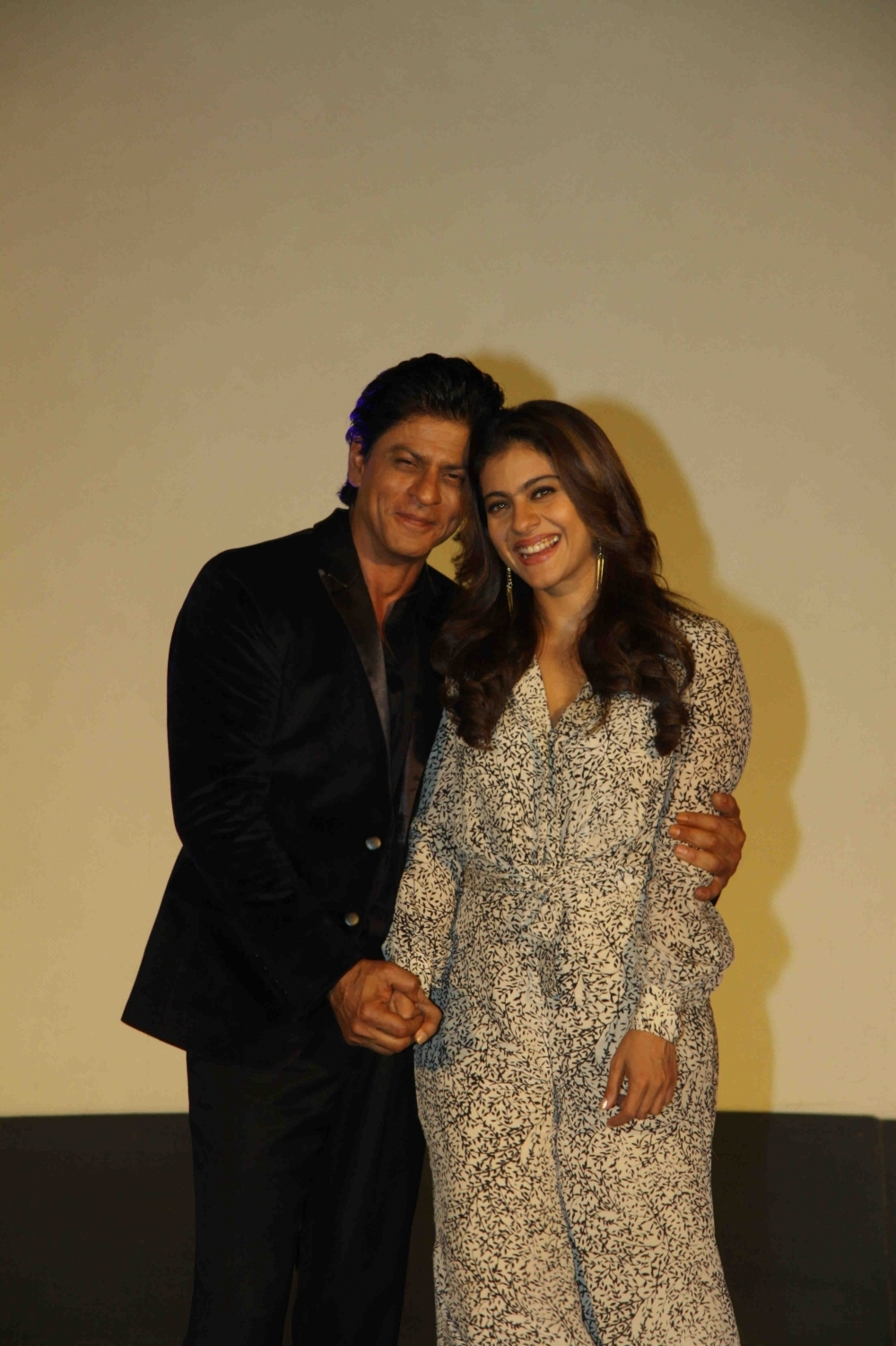 Shah Rukh Khan and Kajol at Song Launch of Film Dilwale in Mumbai-90