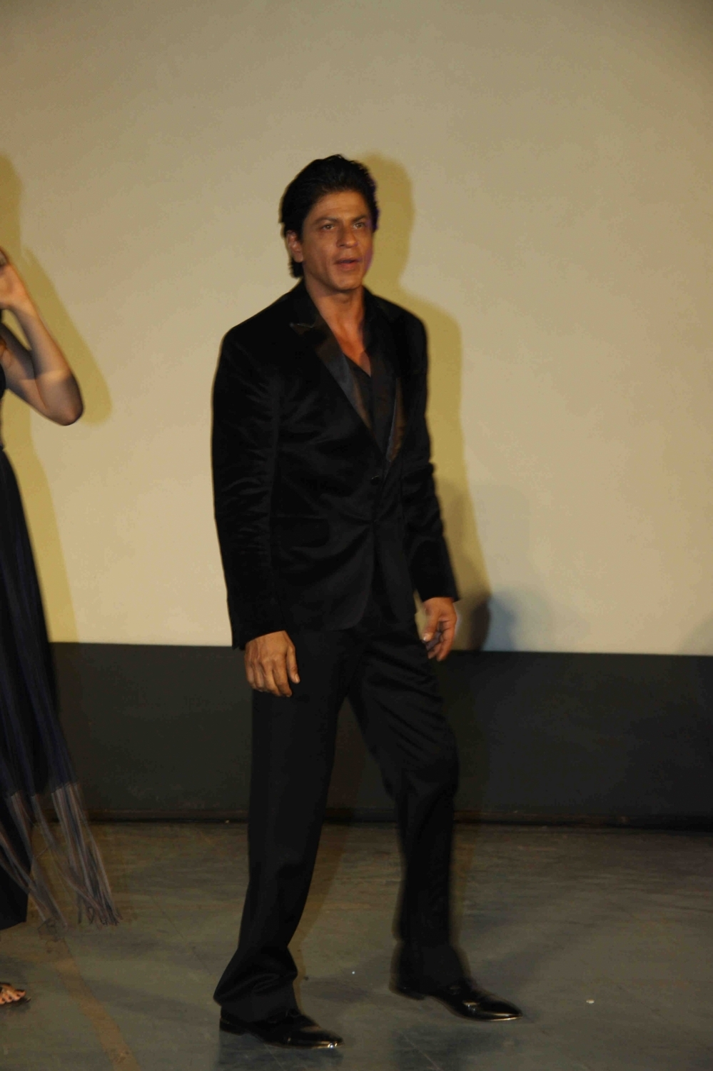 Shah Rukh Khan and Kajol at Song Launch of Film Dilwale in Mumbai-91
