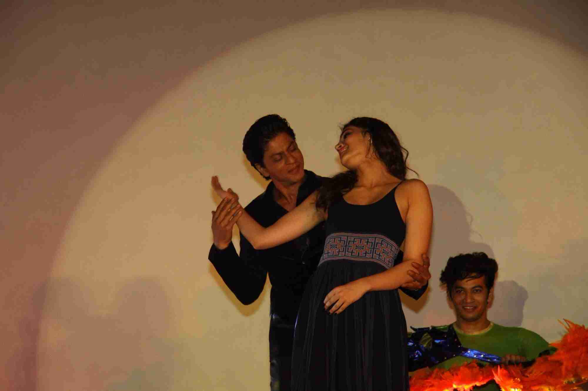 Shah Rukh Khan and Kajol at Song Launch of Film Dilwale in Mumbai-92
