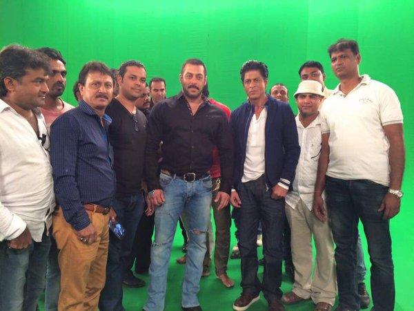 Shah Rukh Khan and Salman at Mehboob Studio-01