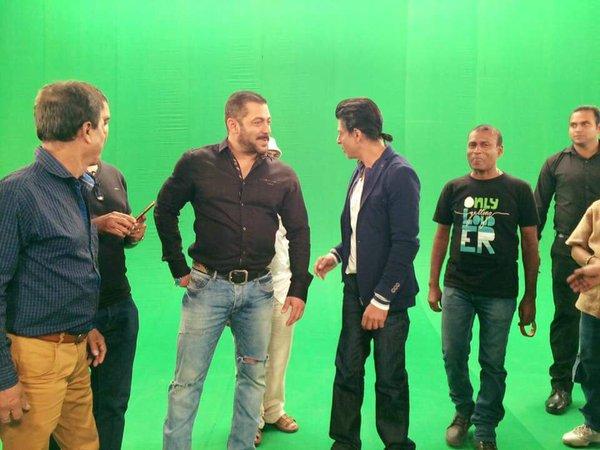 Shah Rukh Khan and Salman at Mehboob Studio-03