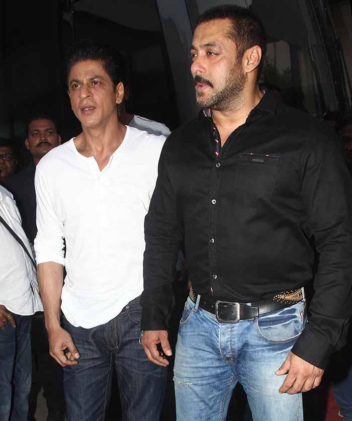 Shah Rukh Khan and Salman at Mehboob Studio-04