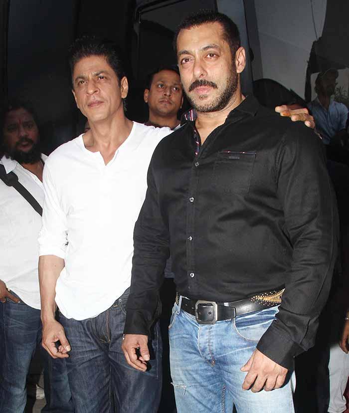 Shah Rukh Khan and Salman at Mehboob Studio-05