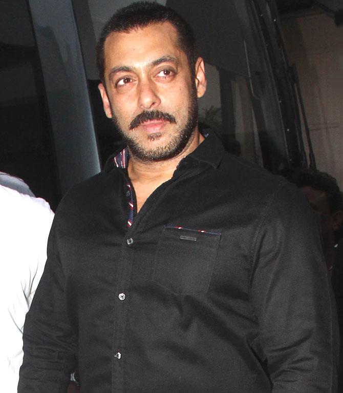 Shah Rukh Khan and Salman at Mehboob Studio-13