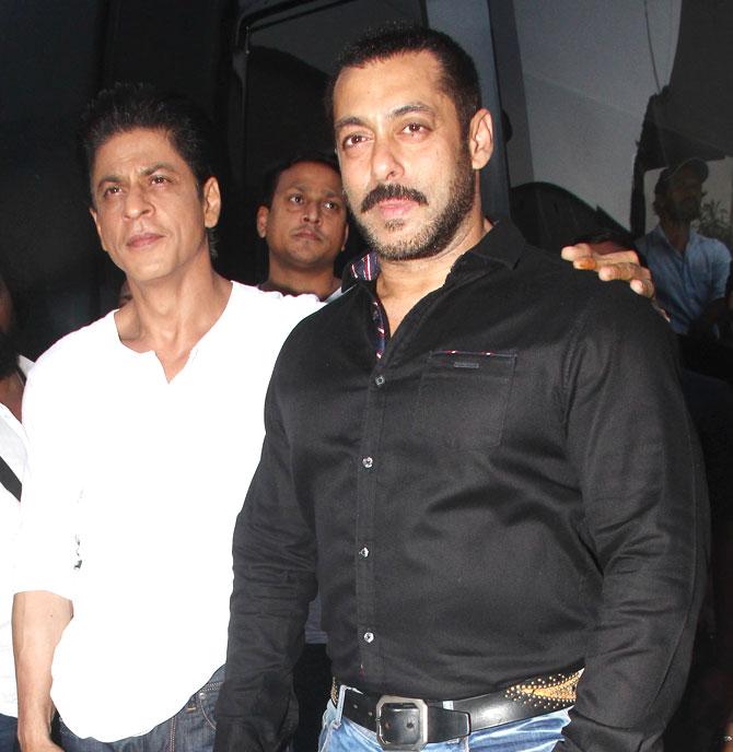 Shah Rukh Khan and Salman at Mehboob Studio-15