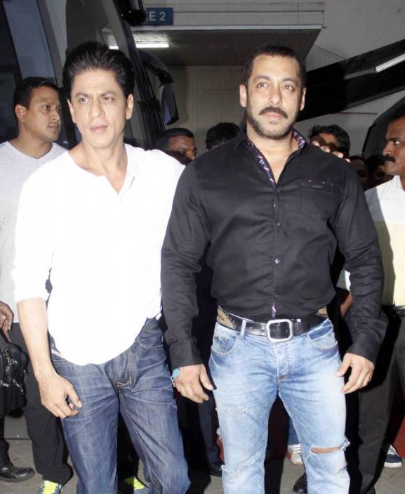 Shah Rukh Khan and Salman at Mehboob Studio-16