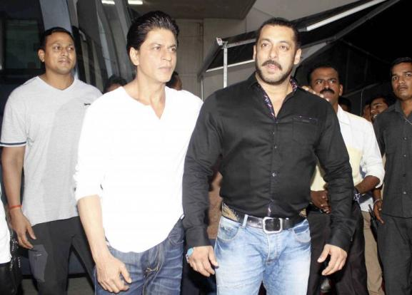 Shah Rukh Khan and Salman at Mehboob Studio-21
