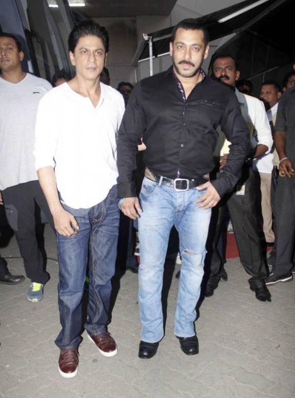 Shah Rukh Khan and Salman at Mehboob Studio-24