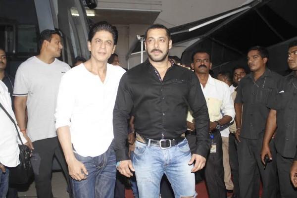 Shah Rukh Khan and Salman at Mehboob Studio-34
