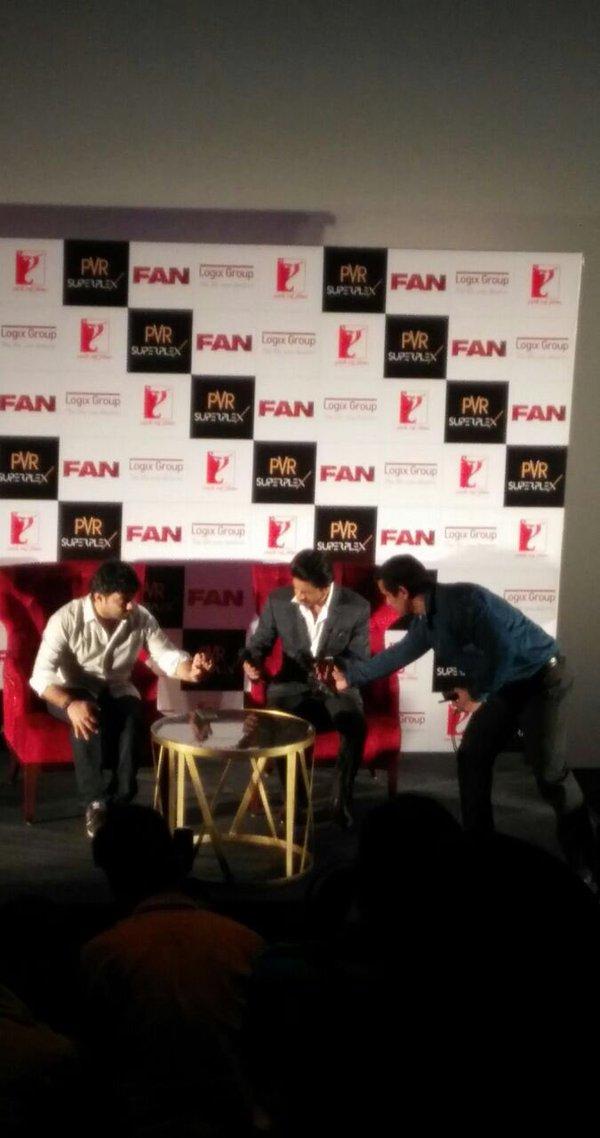 Shah Rukh Khan Promos FAN Movie in Delhi-02