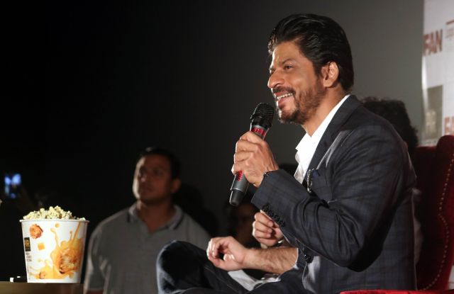 Shah Rukh Khan Promos FAN Movie in Delhi