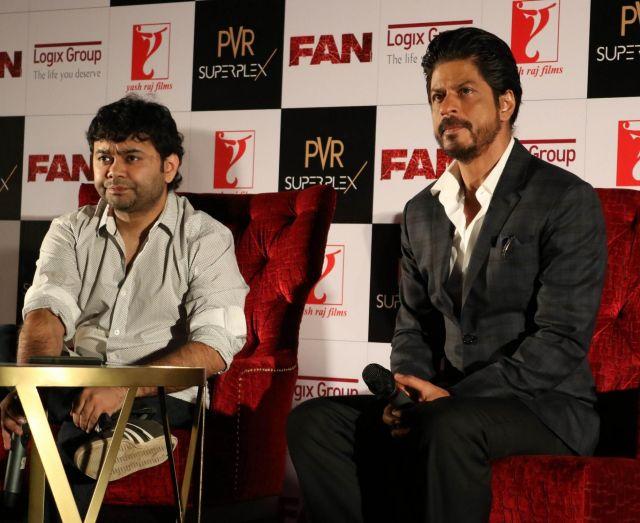 Shah Rukh Khan Promos FAN Movie in Delhi-08