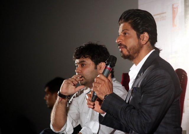 Shah Rukh Khan Promos FAN Movie in Delhi-10