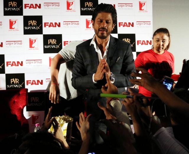 Shah Rukh Khan Promos FAN Movie in Delhi-15