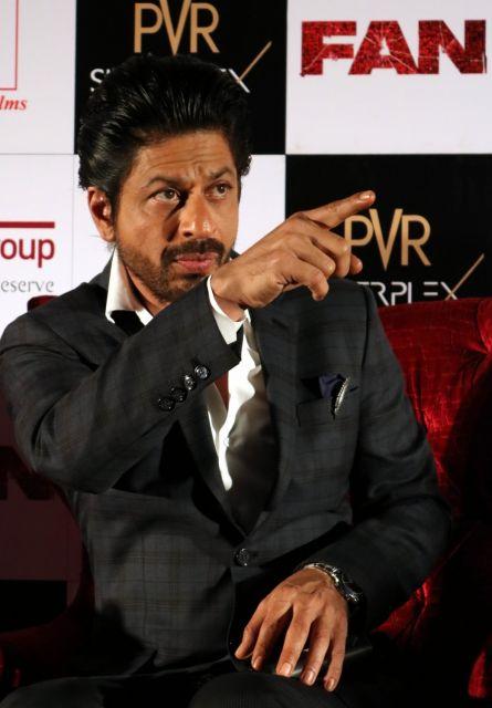 Shah Rukh Khan Promos FAN Movie in Delhi-17