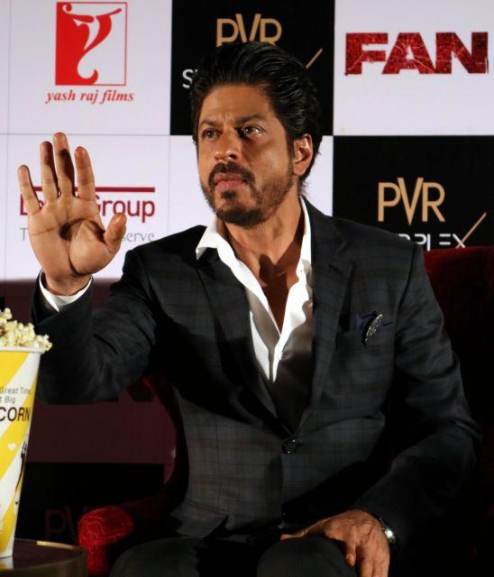 Shah Rukh Khan Promos FAN Movie in Delhi-20