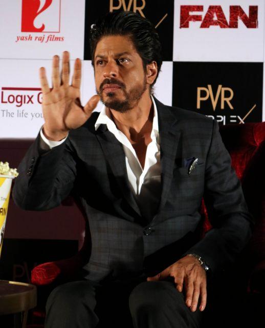 Shah Rukh Khan Promos FAN Movie in Delhi-21