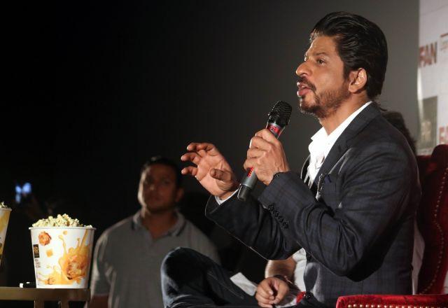 Shah Rukh Khan Promos FAN Movie in Delhi-24