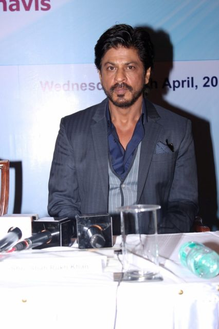 Shah Rukh Khan Unveils The Coffee Table Book Movers & Makers