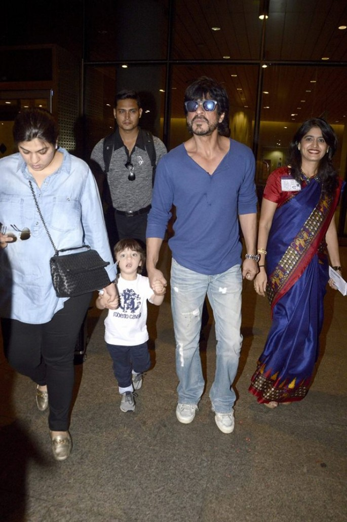 Shahrukh Khan and his son AbRam snapped at Airport